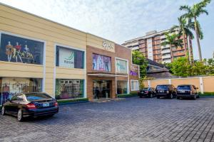 Shop in a Mall Commercial Property