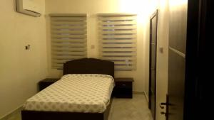 3 bedroom Flat / Apartment for shortlet Queens drive Old Ikoyi Ikoyi Lagos