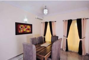 3 bedroom Terraced Duplex House for shortlet Close to 2nd Avenue  Old Ikoyi Ikoyi Lagos