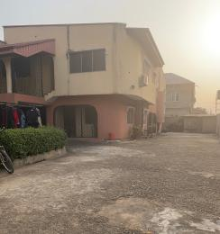 3 bedroom House for rent Adeola Atunrase Medina Gbagada Lagos