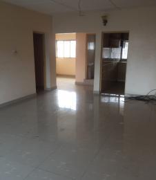 3 bedroom Blocks of Flats House for rent .. Fola Agoro Yaba Lagos