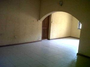 3 bedroom House for rent Idimu Ejigbo Estate . Lagos Mainland  Ejigbo Ejigbo Lagos