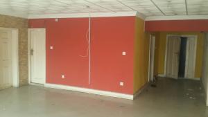 4 bedroom Commercial Property for rent ---- Obanikoro Shomolu Lagos