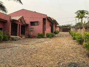 3 bedroom Detached Bungalow House for sale Nos.12 Samson close, Karu Federal Housing Estate, Phase 2, Karu Sub-Urban District Abuja