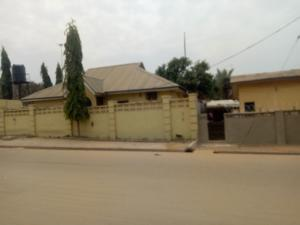 4 bedroom Detached Bungalow House for sale Around Sandra bar FHA Lugbe Lugbe Abuja