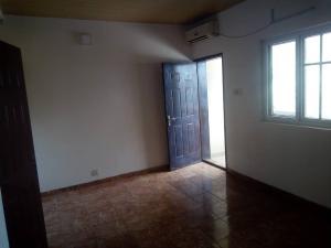 1 bedroom mini flat  Self Contain Flat / Apartment for rent Dideolu Estate ONIRU Victoria Island Lagos