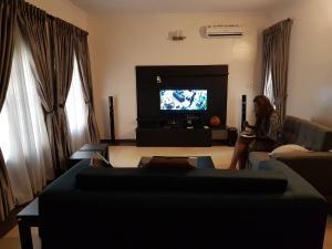 4 bedroom House for shortlet - Iponri Surulere Lagos