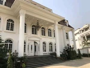 10 bedroom Massionette House for sale Asokoro Asokoro Abuja