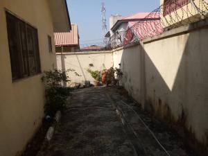 Self Contain Flat / Apartment for rent Off admiralty way  Lekki Phase 1 Lekki Lagos