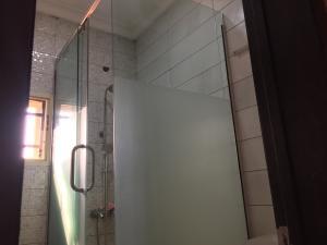 3 bedroom Blocks of Flats House for rent Ologolo  Ologolo Lekki Lagos