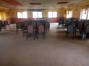 Show Room Commercial Property for rent Off adebanjo street bodija ibadan Bodija Ibadan Oyo