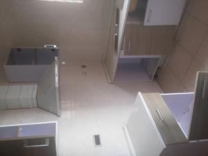 2 bedroom Penthouse Flat / Apartment for rent behind zenith bank Osapa london Lekki Lagos