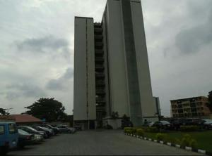 3 bedroom Flat / Apartment for sale Eric moore Eric moore Surulere Lagos