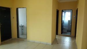 2 bedroom Blocks of Flats House for rent Beside domino pizza Ologolo Lekki Lagos