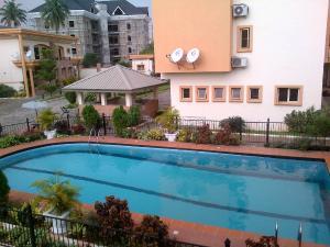 3 bedroom Flat / Apartment for rent Shonibare Estate Shonibare Estate Maryland Lagos