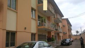 3 bedroom Flat / Apartment for sale Sherpherd Court- 1/3 Ladipo Adeyemi Street  Anthony Village Maryland Lagos