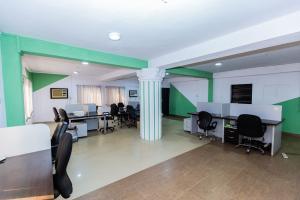 Workstation Co working space for rent 3/9 Olu-koleosho Street, Off Medical Road. Obafemi Awolowo Way Ikeja Lagos