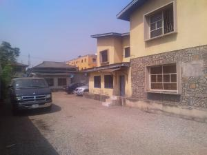 7 bedroom Detached Bungalow House for sale ---- Onipanu Shomolu Lagos
