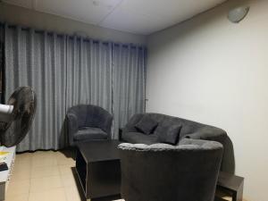 3 bedroom Shared Apartment Flat / Apartment for rent Ogudu-Orike Ogudu Lagos