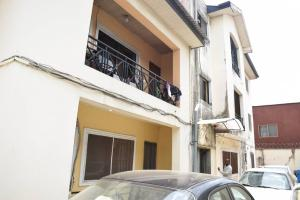 3 bedroom Blocks of Flats House for sale Off Ago palace way Ago palace Okota Lagos