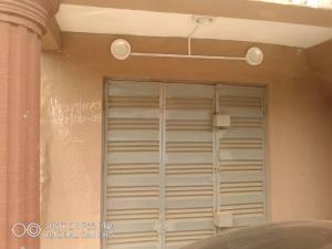 Shop Commercial Property for rent Onipaun bus Onipanu Shomolu Lagos