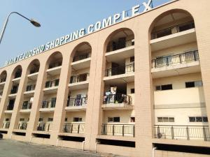 Shop Commercial Property for sale Tejuosho Main Market Tejuosho Yaba Lagos