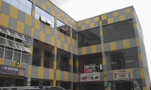 Shop Commercial Property for rent De platinum plaza  Ado Ajah Lagos