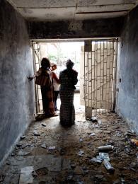 1 bedroom mini flat  Shop Commercial Property for rent Iwaya road  Onike Yaba Lagos
