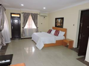4 bedroom Semi Detached Duplex House for shortlet Osborne Osborne Foreshore Estate Ikoyi Lagos