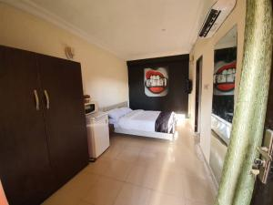3 bedroom Mini flat Flat / Apartment for shortlet Toyin street Ikeja Lagos