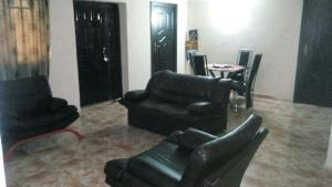 2 bedroom Flat / Apartment for shortlet oluwaleyimu Toyin street Ikeja Lagos