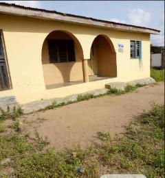 3 bedroom Flat / Apartment for sale  Oki bus/stop along olodo/iyana church, iwo road Iwo Rd Ibadan Oyo