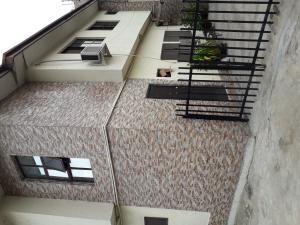3 bedroom Blocks of Flats House for sale In a Close street  Ifako-gbagada Gbagada Lagos