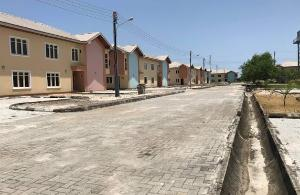 3 bedroom Flat / Apartment for sale  This estate enjoys great accessibility to the Lekki-Epe expressway and is in the same neighbour hood with the following Abijo Ajah Lagos