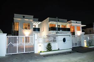 5 bedroom Detached Duplex House for sale phase 1 Lekki Phase 1 Lekki Lagos
