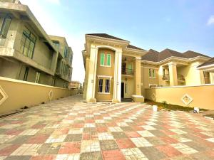 5 bedroom Semi Detached Duplex House for rent Jakande Lekki Lagos