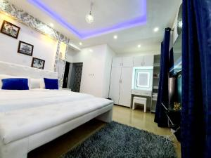 1 bedroom mini flat  Massionette House for rent Off Admirathy way lekki phase1 Lekki Phase 1 Lekki Lagos