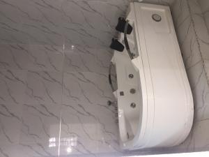 4 bedroom House for rent OSAPA  Osapa london Lekki Lagos