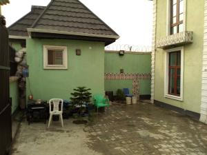 2 bedroom Flat / Apartment for rent . Fola Agoro Yaba Lagos