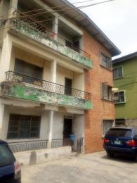 3 bedroom Flat / Apartment for rent Ojerinde Street, beside LUTH idi- Araba Surulere Lagos - 7