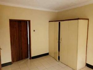 3 bedroom Flat / Apartment for rent shasha coker Estate orisunbare Shasha Alimosho Lagos