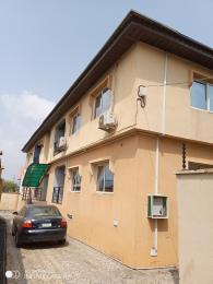 3 bedroom Blocks of Flats House for rent Magodo ph1 estate gateway zone via isheri off berger. Magodo Kosofe/Ikosi Lagos