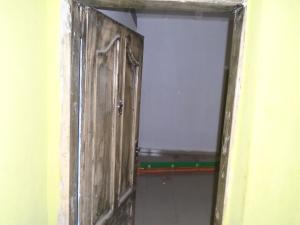 1 bedroom mini flat  Mini flat Flat / Apartment for rent -  Randle Avenue Surulere Lagos