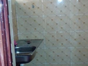 1 bedroom mini flat  Flat / Apartment for rent Off Ibgogo road Choba Choba Port Harcourt Rivers - 2
