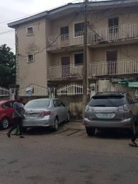 3 bedroom Flat / Apartment for sale Off Ogunlana drive Ogunlana Surulere Lagos