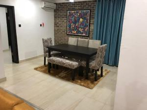 3 bedroom Flat / Apartment for shortlet 5th Avenue Banana Island Ikoyi Lagos