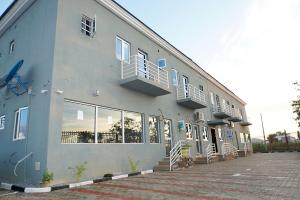 1 bedroom mini flat  Self Contain for rent Plot 6, Kuduru Layout, off Law School Road Bwari 1, Abuja. Sub-Urban District Abuja