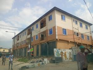 1 bedroom mini flat  Self Contain Flat / Apartment for rent Alara Street Onike Yaba Lagos