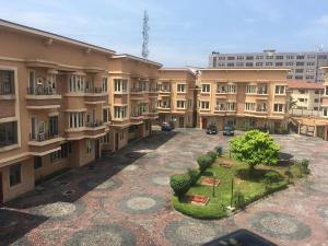 4 bedroom Terraced Bungalow House for rent   ONIRU Victoria Island Lagos