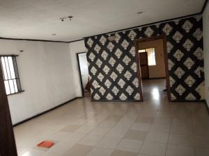 1 bedroom mini flat  Flat / Apartment for rent Oyekan street  off Ogunlauna / Akerele street surulere Ogunlana Surulere Lagos